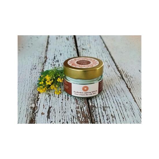 Arckrém zsíros bőrre jojoba olajjal, varázsmogyoró kivonattal és vitaminokkal 40g
